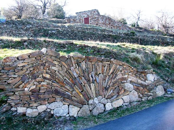 Patrimoine culturel immat riel fiche - Maison en pierre seche ...